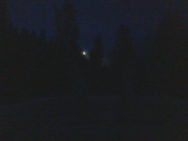 Midnight outdoor bathtub