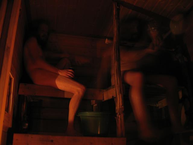 applying a sauna scoop